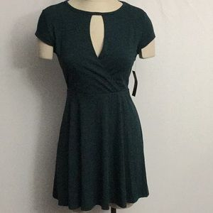 NWT Lulus Fit and Flare Dress Medium Hunter Green